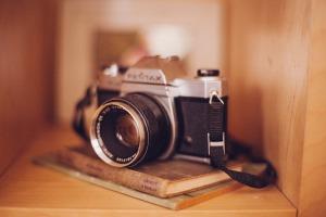 camera-349948_1920